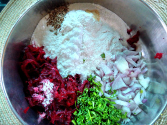 Ingredients for beetroot akki rotti