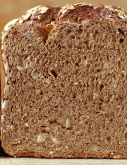 brown multigrain bread