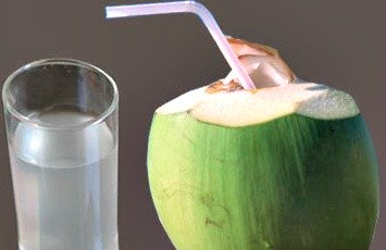 Tender coconut water / juice