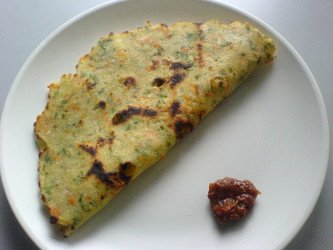 Mixed veg akki rotti - rice flour flat bread
